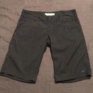 O'Neill | Women's Bermuda Shorts | Pinstripe | 5